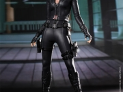 black-widow-hottoys-02