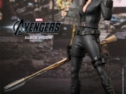 black-widow-hottoys-06