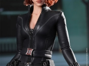 black-widow-hottoys-08