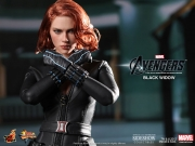 black-widow-hottoys-11