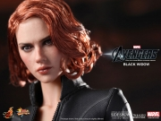 black-widow-hottoys-13