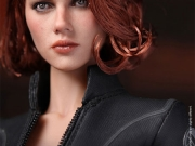 black-widow-hottoys-14