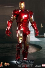iron-man-hot-toys-01