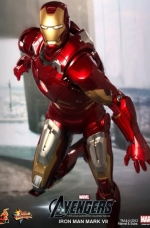 iron-man-hot-toys-06