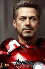 iron-man-hot-toys-09