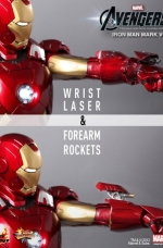 iron-man-hot-toys-12