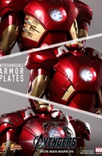 iron-man-hot-toys-13