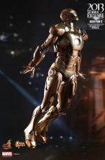 hot-toys-midas-iron-man-mark-xxi-1-6-scale-figure-toy-fairs-exclusive-15-jpg