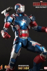 iron-patriot-iron-man-3-hot-toys-03