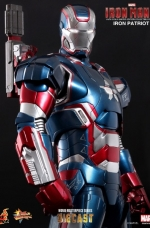 iron-patriot-iron-man-3-hot-toys-04