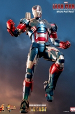iron-patriot-iron-man-3-hot-toys-06