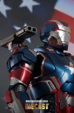 iron-patriot-iron-man-3-hot-toys-09