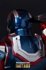 iron-patriot-iron-man-3-hot-toys-12