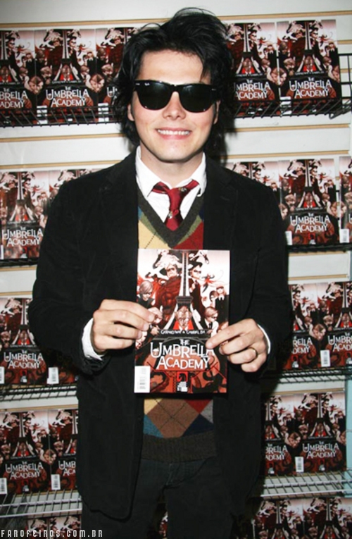 Gerard Way - Umbrella Academy