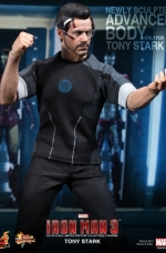 tony-stark-iron-man-3-hot-toys-05