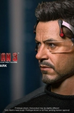 tony-stark-iron-man-3-hot-toys-08