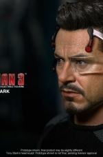 tony-stark-iron-man-3-hot-toys-11
