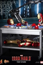 tony-stark-iron-man-3-hot-toys-14