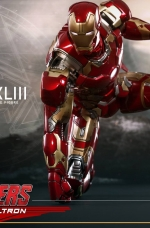 homem-de-ferro-Mark-XLIII-ERA-DE-ULTRON-hot-toys-04