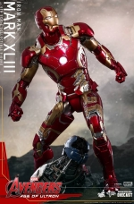 homem-de-ferro-Mark-XLIII-ERA-DE-ULTRON-hot-toys-06