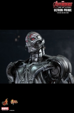 ultron-prime-hot-toys-11