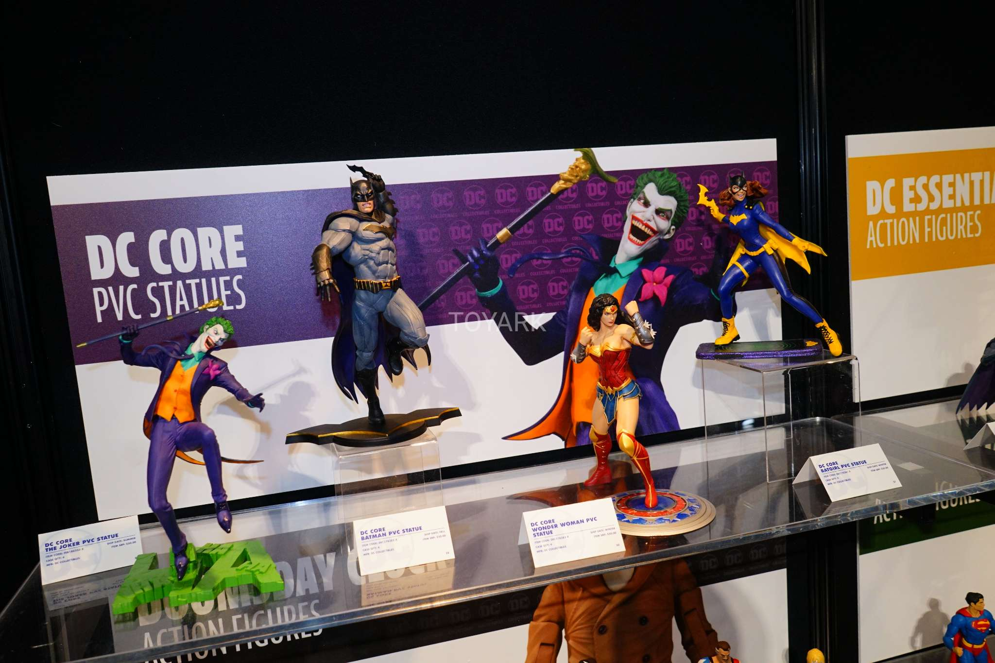 Toy Fair 2018 - DC Collectibles - DC Core