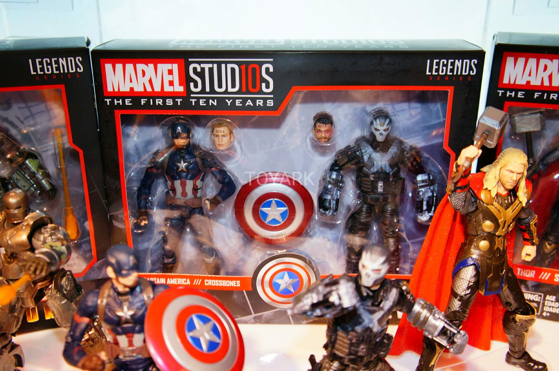 Toy Fair 2018 - Hasbro - Marvel Legends - Marvel Studios - Capitão América - Ossos Cruzados