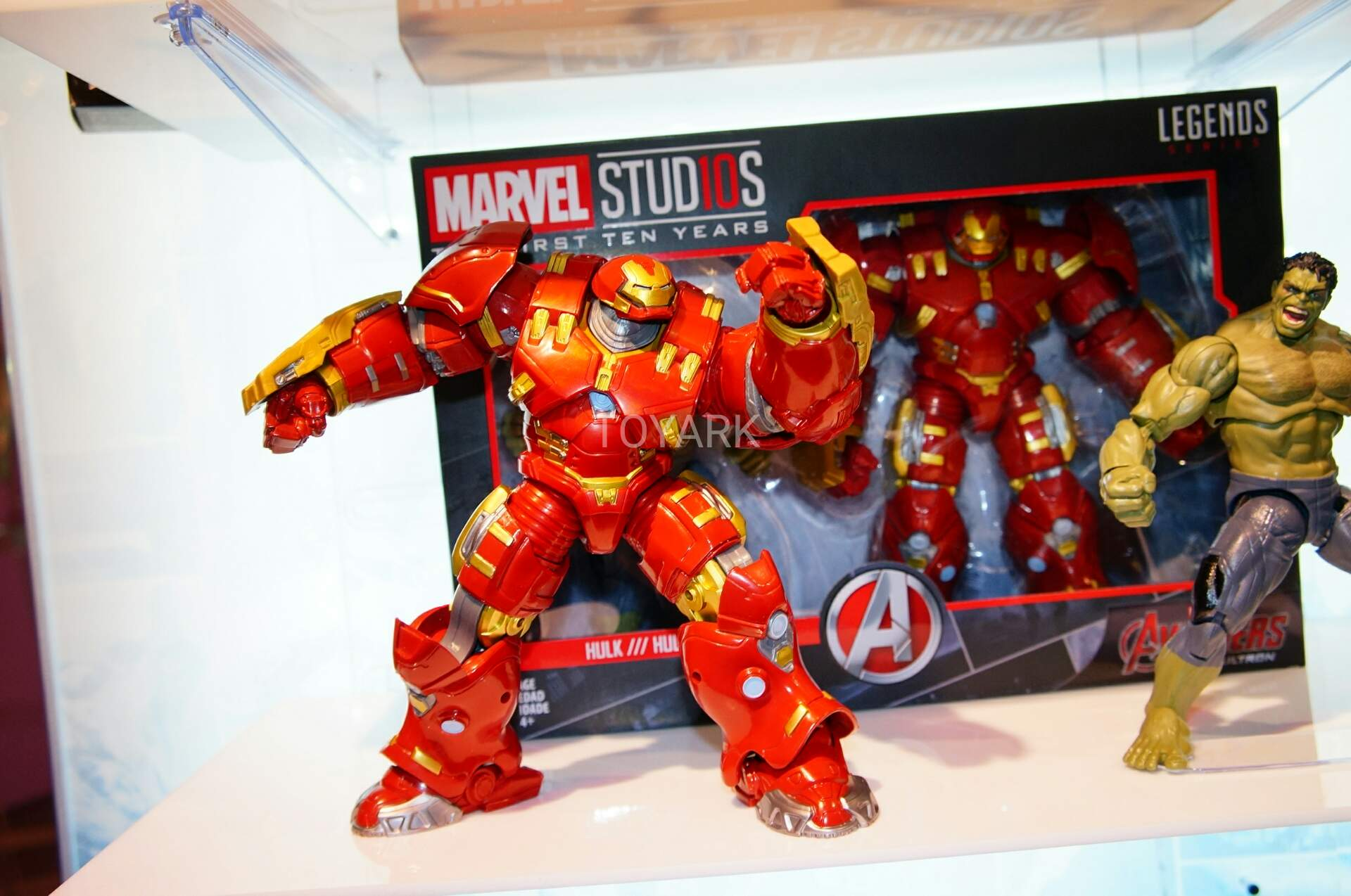 Toy Fair 2018 - Hasbro - Marvel Legends - Marvel Studios - Hulkbuster - Hulk