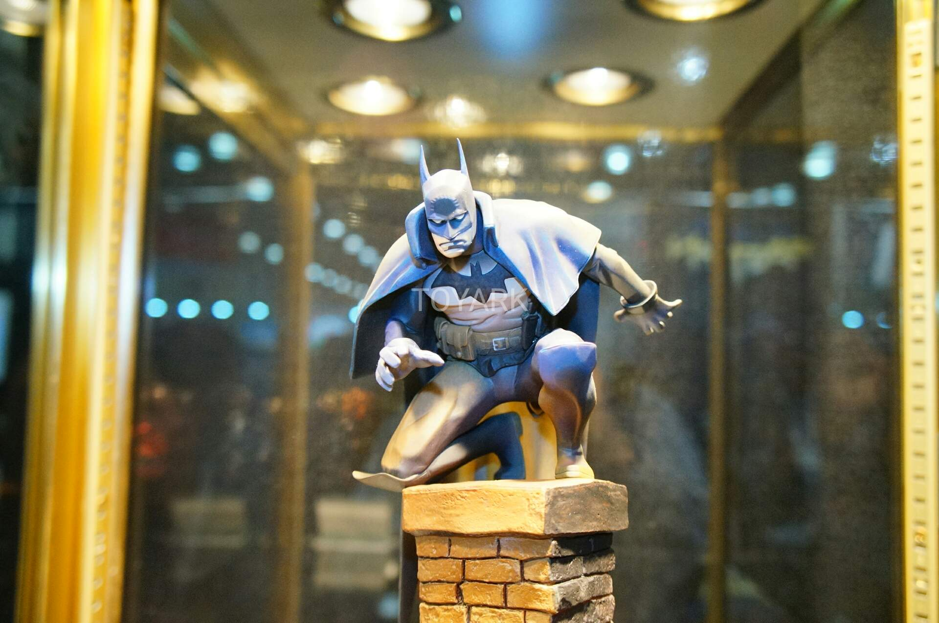 Toy Fair 2018 - Kotobukiya - Batman by Gaslight