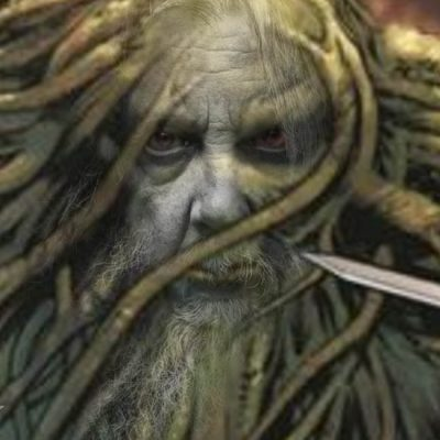 Monstro do Pântano com a cara do Alan Moore