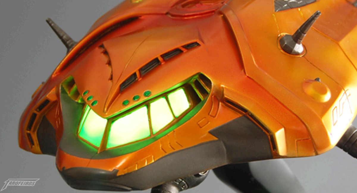 Estátua da nave de Metroid Prime - Samus Aran
